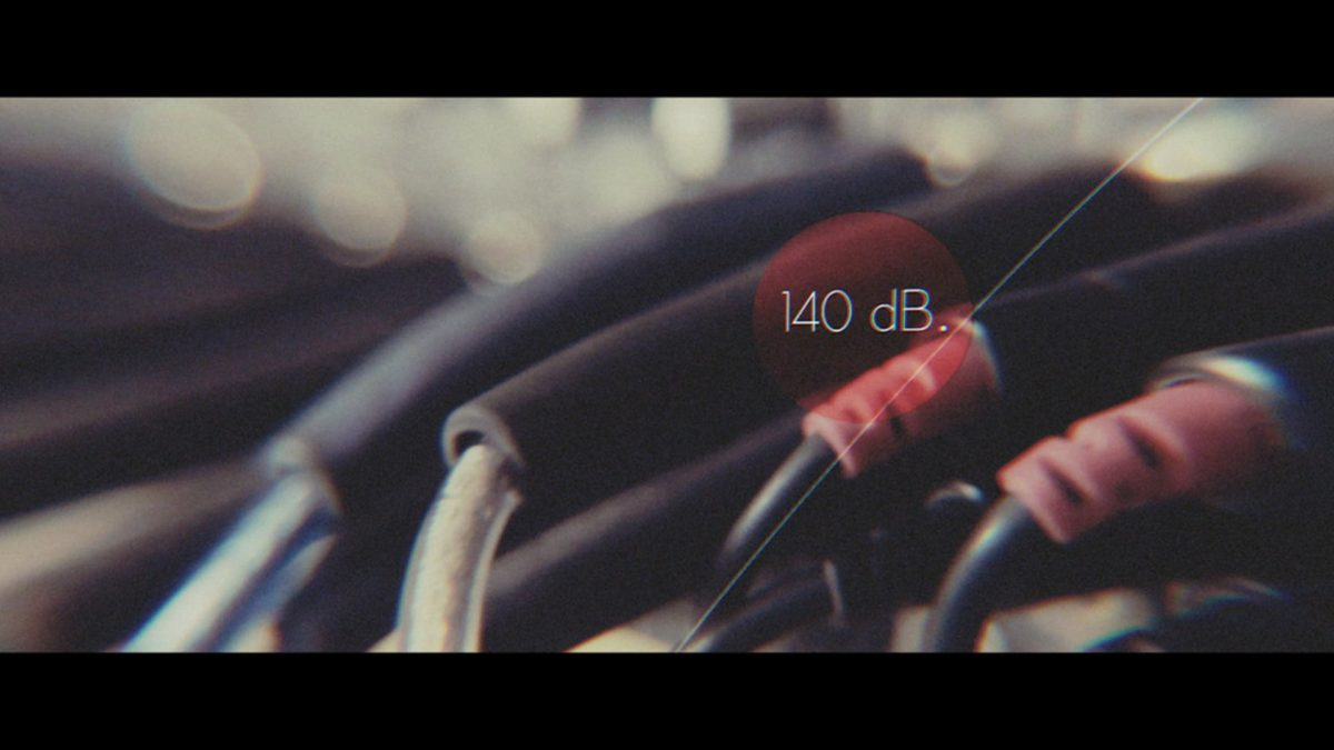140 dB