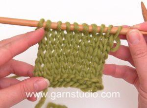 How to knit stockinette/stocking stitch