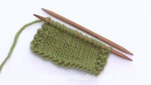 How to knit a knit stitch (US/UK method)