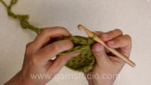 How to crochet pieces together