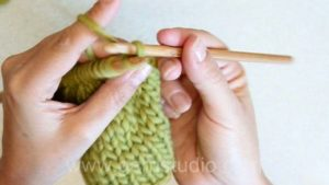 How to bind off loosely with a crochet hook