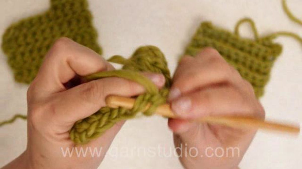 How to crochet in both or in a single loop