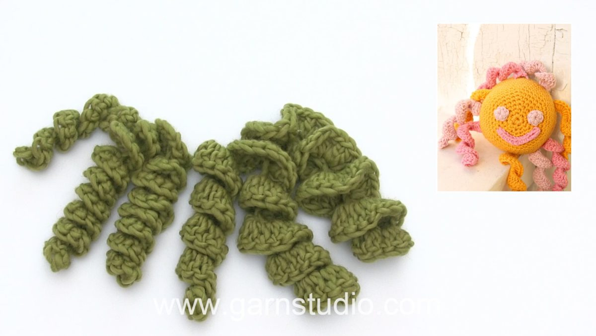 How to crochet a cork screw spiral